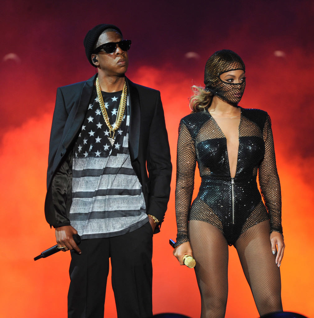 EAST RUTHERFORD NJ - JULY 11 Beyoncé and JAY Z perform on the On  sc 1 st  Watch The Yard & My Boo! The Complete List of Badass DIY Halloween Costume Ideas for ...